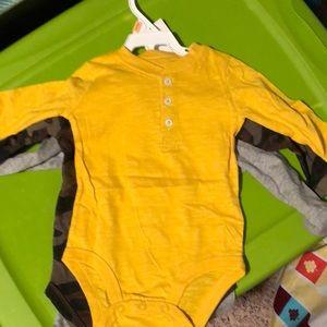 Carters 3 set onesies long sleeve